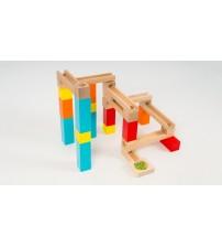 Дерев'яна іграшка Кегельбан. Жолоби і кульки. 5 кульок