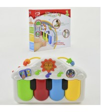 Іграшкове піаніно, музика, світло, на батарейках